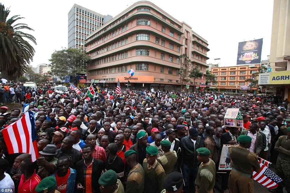 aaaObama in Kenya